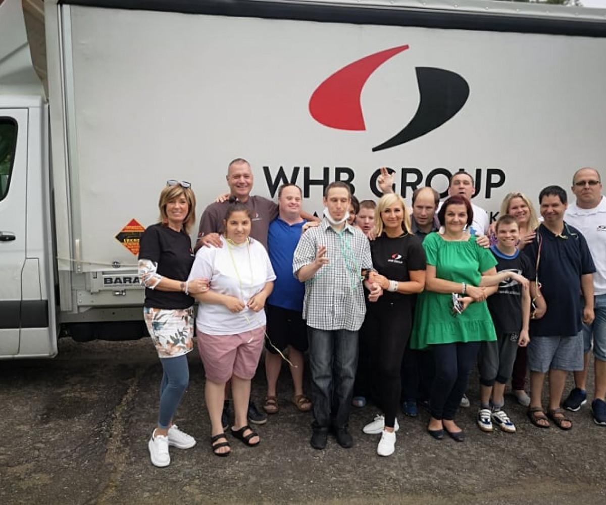 600 kilogram tartós élelmiszer - Békéscsabai rászorulókon segítettünk