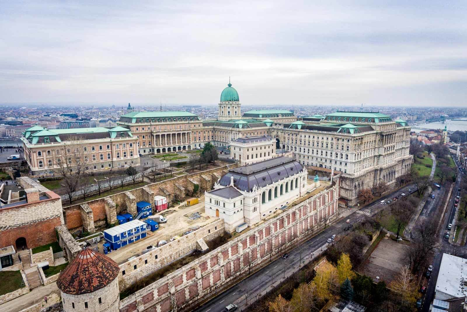 Újjászületett a Lovarda és a Főőrség a Budai Várban - galéria